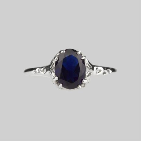 dark-blue-gemstone-ring